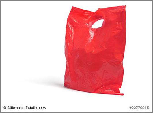 Aus einem zwanzigstel Liter Erdöl: Plastiktüten