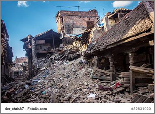 Zerstörte Häuser nach einem Erdbeben in Tibet