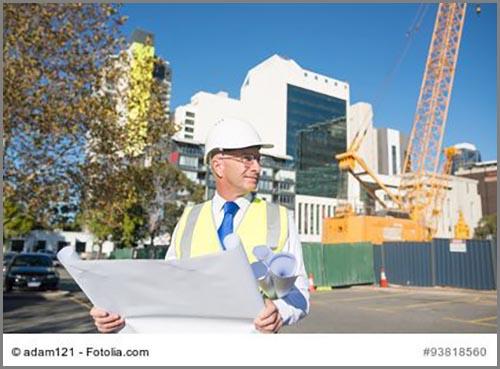 Ein Architekt auf der Baustelle