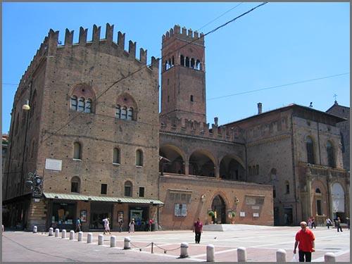 Eine typische Renaissancestadt: Bologna in Italien