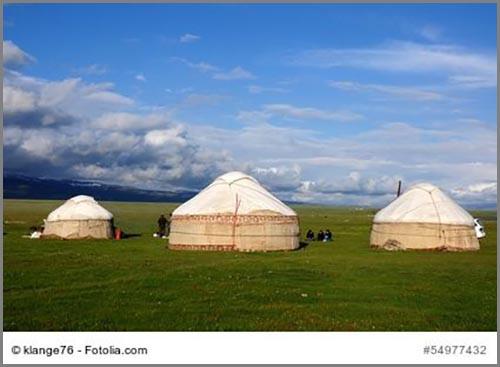 Ziehen durch die Steppe: Nomaden in Kirgisistan