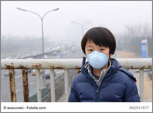 Ohne Atemschutz kaum zu ertragen: Smog in China