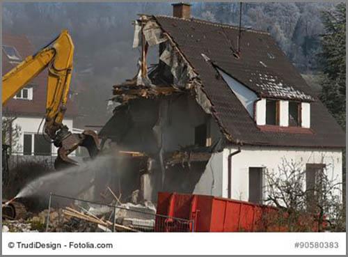 Schwierige Entscheidung beim Stadtumbau: Abriss oder Umnutzung